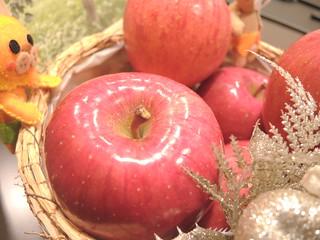 リセッタさん オーナーりんごのディスプレイ2 | by yosibiroum
