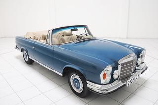 Mercedes-Benz-280-se-Classic