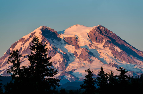 sunset mountain volcano washington unitedstates washingtonstate mtrainier pnw eatonville 2015 hwy7 mountainhighway