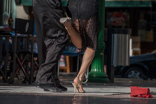 Tango dancers in Buenos Aires, Argentina. | by www.ralfsteinberger.com