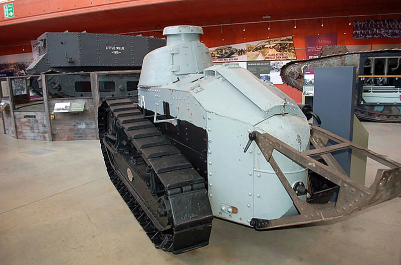 Renault FT 17 (4)