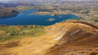 The Lake and Town of Wanaka   by blue polaris