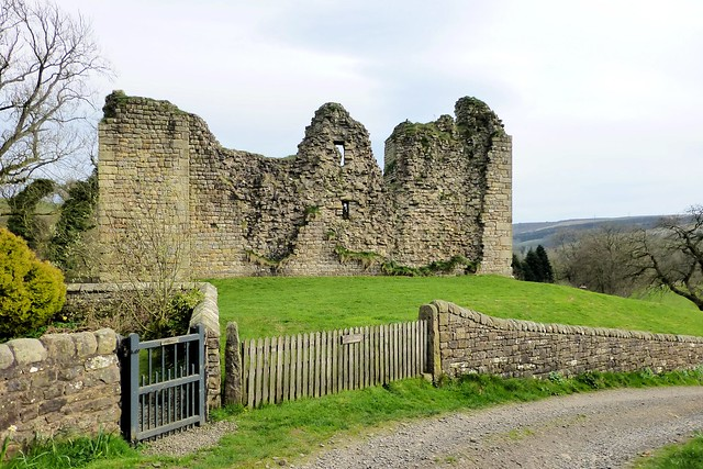 Thirlwall Castle 1