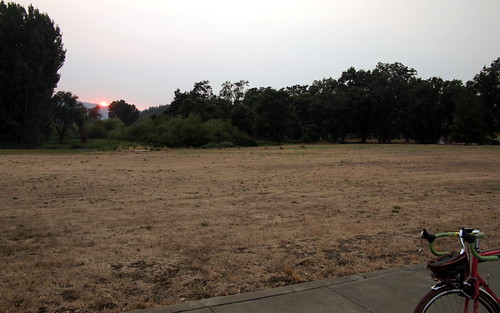 sunset west dusk ukiah talmage drygrass mendocinocounty cttb cityoftenthousandbuddhas cityof10000buddhas specializedsequoia 650bconversion