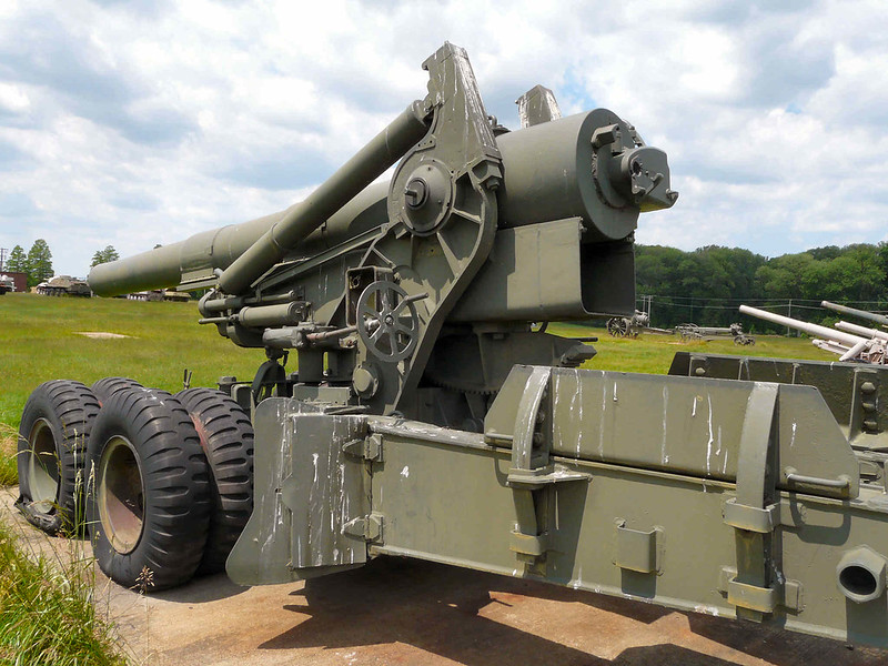 M115 203mm Howitzer (9)