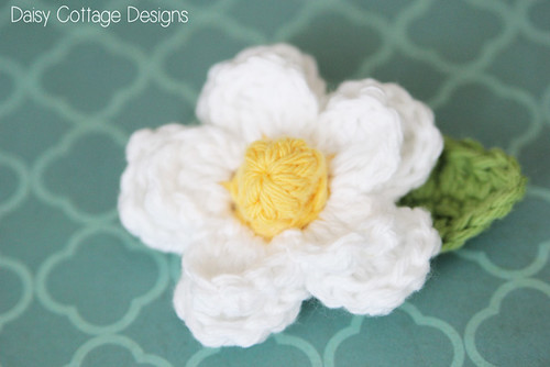 Free Daisy Crochet Pattern | by Daisy Cottage Designs