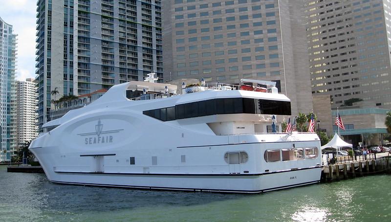 Miami - Island Queen Cruise - Seafair Yacht
