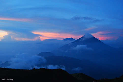 morning sky cloud mountain sunrise indonesia centraljava dieng prau sindoro sumbing visitindonesia