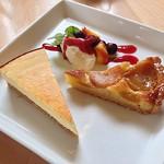 アプリコットタルトとベイクドチーズケーキ
