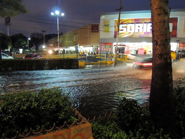 Flooding on Guadalupe by bryandkeith on flickr