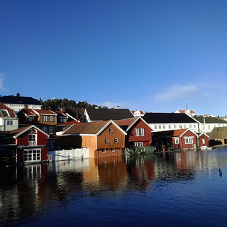 Kragerø today. Testing Camera on the Galaxy Gear smart watch.