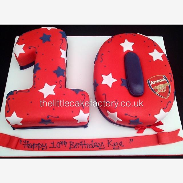 Fantastic Arsenal Number 10 Cake Arsenal Football Red Chocolate Flickr Funny Birthday Cards Online Ioscodamsfinfo
