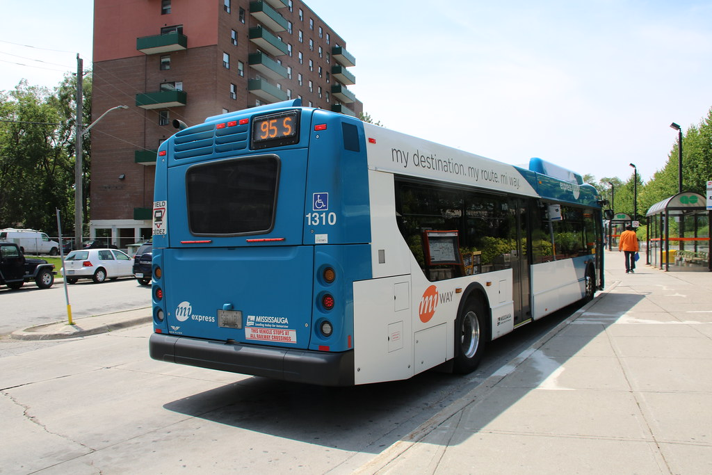 Mississauga (miWay Express) Transit 1310 New Flyer XD40 'B…   Flickr