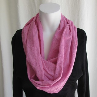 InfinityScarf.PinkFloral.01