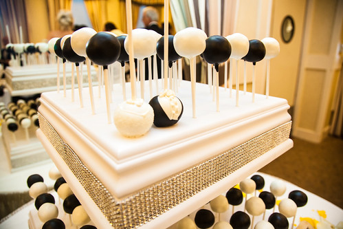 Black and white wedding cake pops | by Sweet Lauren Cakes