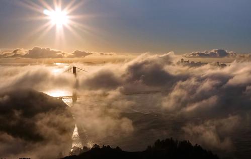sanfrancisco bridge fog sunrise bravo goldengatebridge goldengate bayarea judah sunstar ggnra goldengatenationalrecreationarea hawkhill judahglass photographybyjudahglass photographybyjudah glassjudah