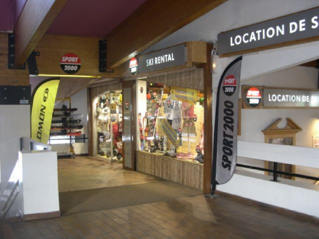 Sport 2000 Top Sports, magasin de location ski Val Thorens