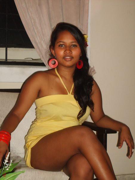 sri lankan cute nice models Sheza | Nut Hut