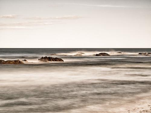ocean longexposure rocks waves horizon vagues atlanticocean infinite rochers atlantique océan longueexposition neutraldensity nd1000 densiténeutre leicadgmacroelmarit45f28 olympusem5