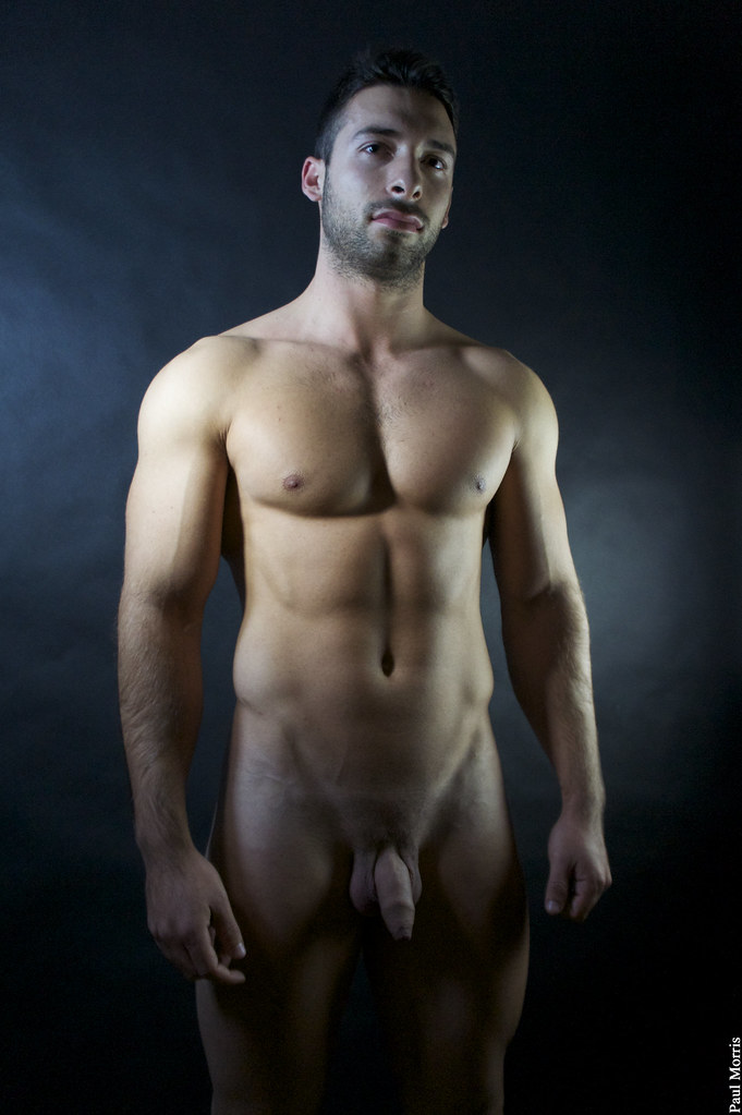 Well endowed male nude photos
