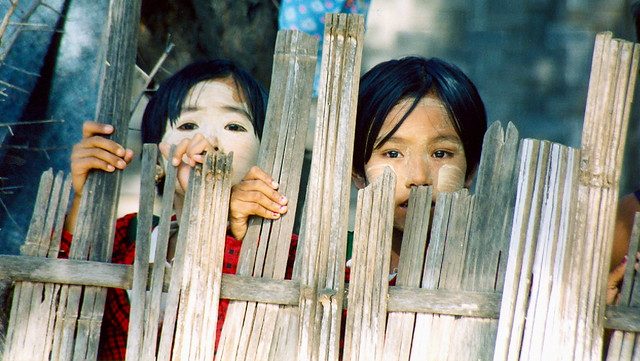 Myanmar-young girls