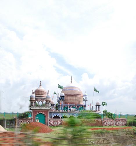 highway colorful mosque dhakasylhet