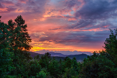 blue sunset red orange mountains color yellow clouds northcarolina states geology locations