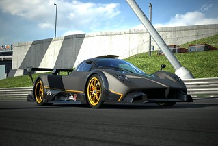 Pagani Zonda R | by BulleRouge