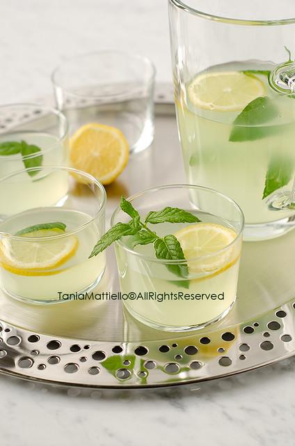 Drink al Limone e Menta-Mint and Lemon Drink