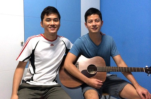 1 to 1 guitar lessons Singapore Han Siong