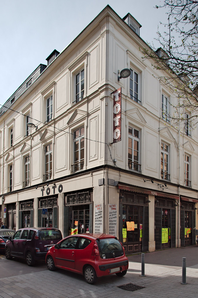 Le magasin Toto