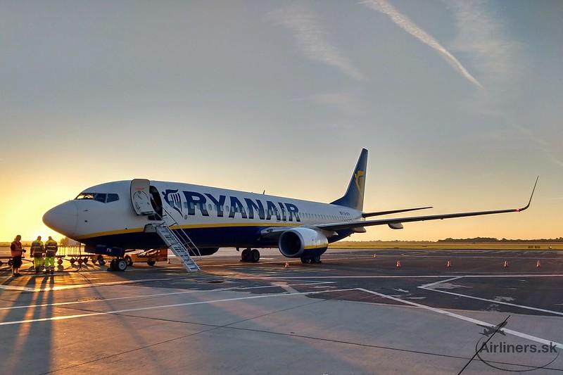 EI-EFN Ryanair Boeing B737-8AS(WL)