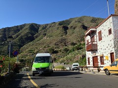 Bus 355 to Santiago del Teide