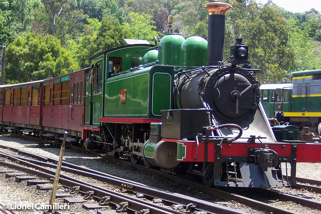 6A at Belgrave in 2002 by LC501