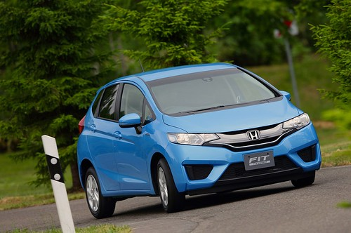 2014-honda-jazz-2015-honda-fit-photo-gallery-1080p-5 Photo