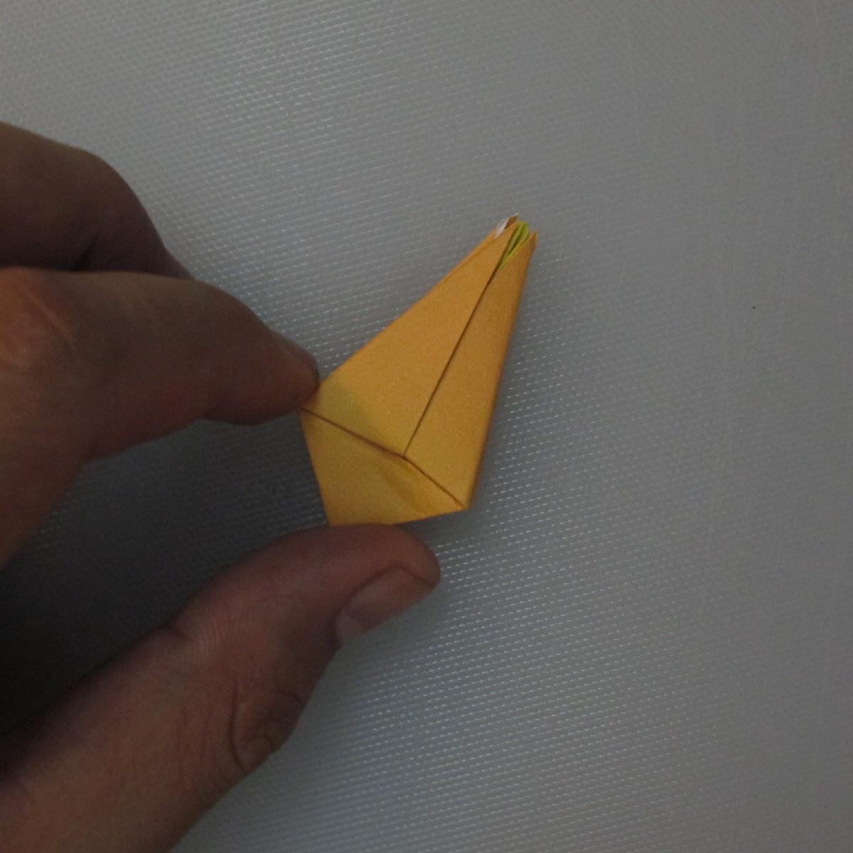 วิธีพับกระดาษเป็นดอกทิวลิป 014