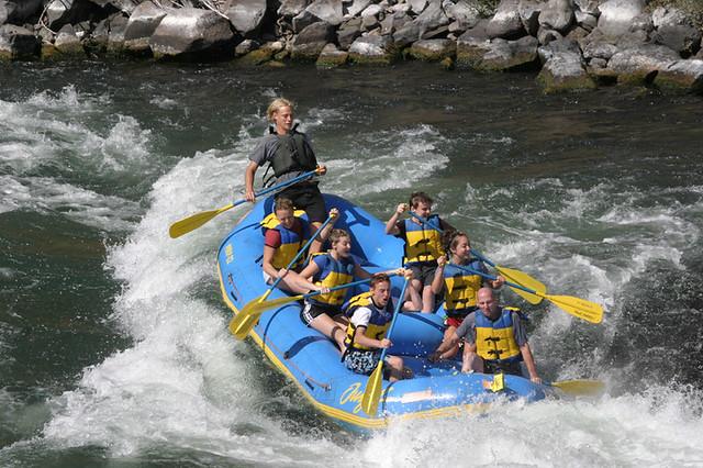 Deschutes River Rafting Trips