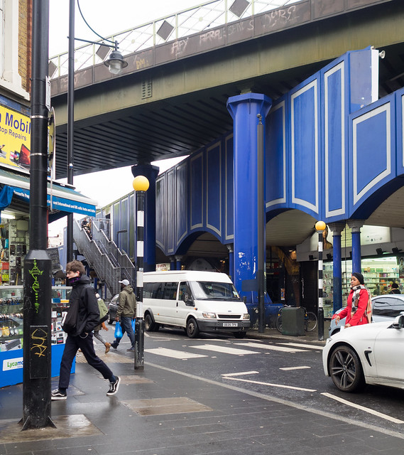 Brixton Market Shared Color-4