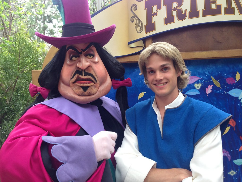 John Smith And Governor Ratcliffe