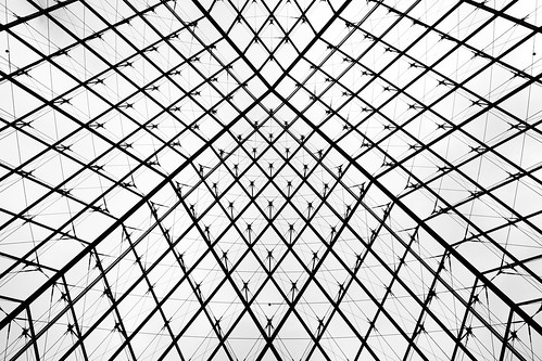 Louvre Museum Pyramid | by derekskey