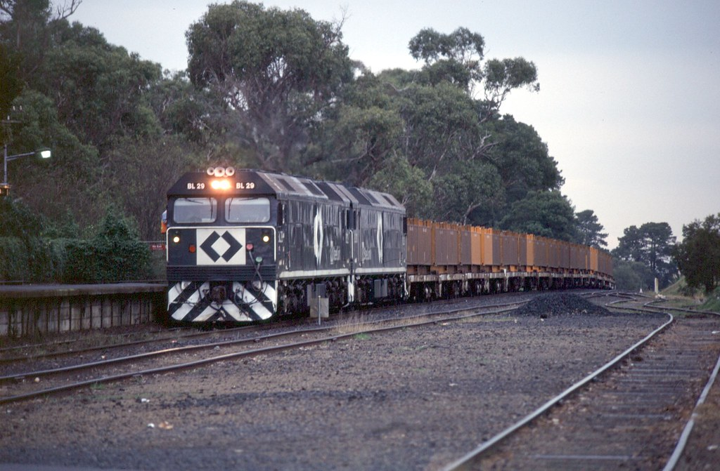 BL29, BLxx at Somerville by Alan Greenhill