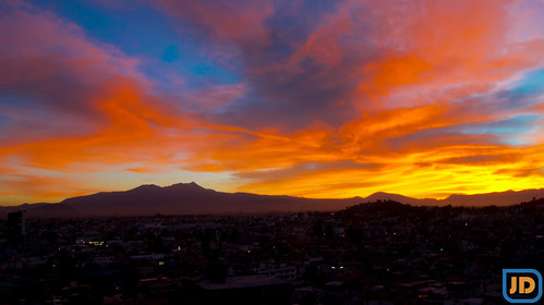 city blue sunset red sky sun color yellow méxico clouds sunrise atardecer noche sundown outdoor cielo nubes día toluca panorámica volcán nevadodetoluca sonyalpha sal1855 slta33