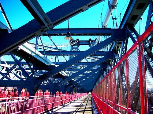 WILLIAMSBURG BRIDGE CROSSING - EAST TO BROOKLYN   by @IOTAGLOBAL