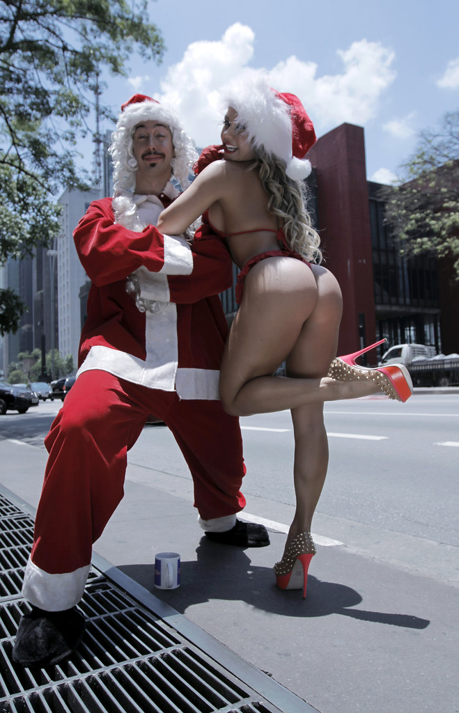 Female naked santa claus, pictures of hard core porn
