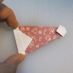 วิธีพับกระดาษรูปหมวกซานต้า 024