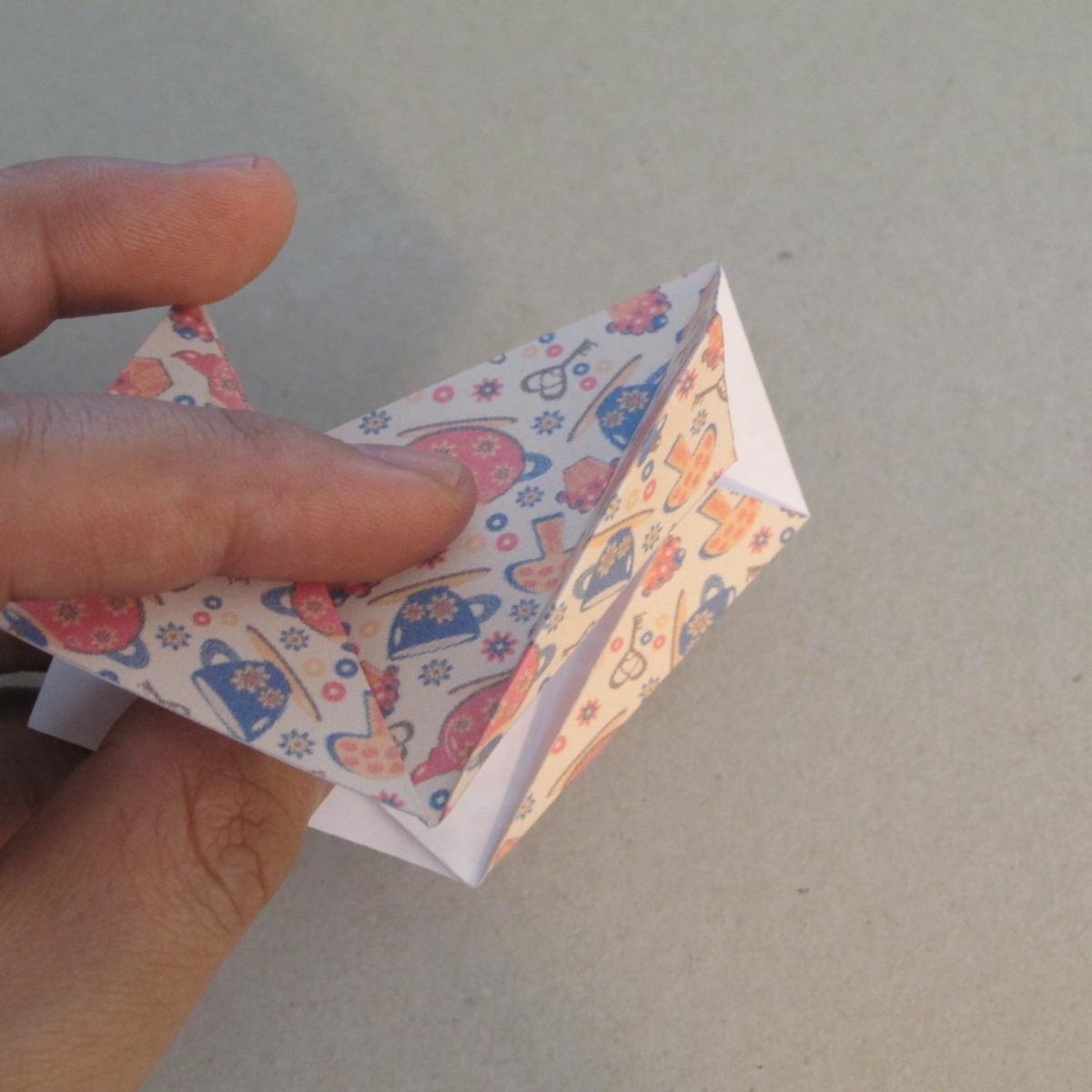 วิธีการทำโมดูล่าโอริกามิแบบเซ็ปติม่าสตาร์ 013