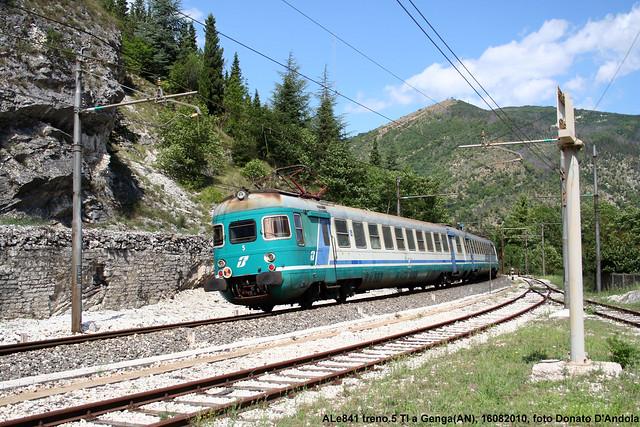 ALe841 in piega.....Genga(AN), 16.08.2010