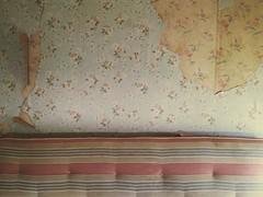 mattress, wallpaper