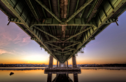 bridge winter cold sunrise concrete unitedstates steel massachusetts under somerset fallriver truss tauntonriver bragabridge 3span