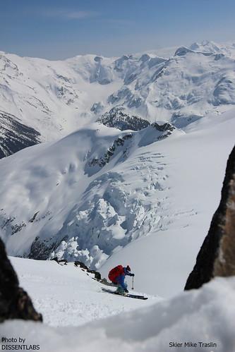 Sun, 2014-04-13 02:40 - Spearhead Ski Traverse. ION binding. photo DISSENTLABS skier Mike Traslin
